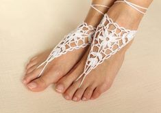 Hand made 1 pare (2 sandals) Crochet barefoot sandals. 100% Cotton yarn. The items are from a smoke and pet free home. Please contact me with any questions, comments or suggestions. Thanks! ♕