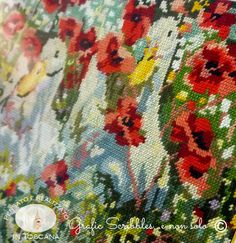 Papere e Papaveri a mezzo punto. Ducklings and Poppies http://graficscribbles.blogspot.it/…/Embroidery-ricami-pape… #embroidery #ricamo #mezzopunto #papaveri #papere