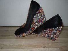 DIY sparkling wedges... Sparkle, Wedges, Diy, Shoes, Fashion, Moda, Zapatos, Bricolage, Shoes Outlet