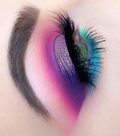 Hair Color Plum Eyeshadows 31 Ideas For 2019 - Care - Skin care , beauty ideas and skin care tips Plum Eye Makeup, Cute Eye Makeup, Colorful Eye Makeup, Eye Makeup Art, Natural Eye Makeup, Makeup For Brown Eyes, Simple Makeup, Makeup Inspo, Makeup Inspiration