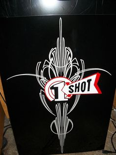 1Shot Nice pinstriping.