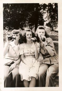 sassy drinkers in the 1940\'s?