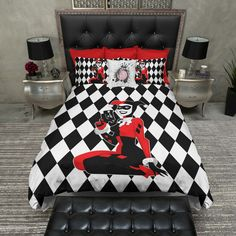 Harley Quinn bedding...i want!!!