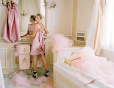 pink dress, pink towels, pink bubbles...