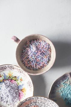 Simple recipe for homemade sprinkles. Maybe infuse with foraged herbal scents to share at a future event? Homemade Sprinkles Recipe, Homemade Candies, Happy Birthday Kids, 8th Birthday, Fondant Cupcake Toppers, Cupcake Cakes, Vintage Cupcake, Pink Cupcakes, Valentine Cupcakes