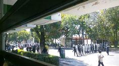 Dos enfrentamientos y un connato de gresca se registraron este miércoles en las inmediaciones de la Facultad de Medicina (que ahora está en poder de normalistas), así como en la ...