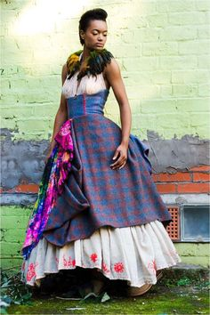Lovely colours, nice embroidery on underskirt