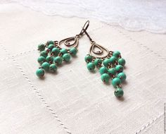 Купить Серьги Зелёная бирюза, длинные с подвесками, с натуральным камнем - зеленый, бронзовый, зеленая бирюза