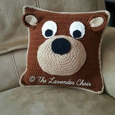 Teddy Bear Pillow - Free Crochet Pattern - The Lavender Chair, #haken, gratis patroon (Engels), beer kussen, #haakpatroon, decoratie