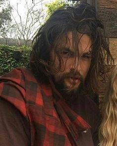 ~ Jason Momoa, looking ruggedly hot! Pretty Men, Gorgeous Men, Beautiful People, Jason Momoa Aquaman, Imaginary Boyfriend, Lisa Bonet, Raining Men, Khal Drogo, Star Wars