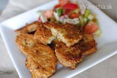 Tento chutný recept som objavila v časopise Fit štýl. Sú výborné len tak so zeleninovým šalátom napr. na večeru. A hlavne, sú bez lepku. :)