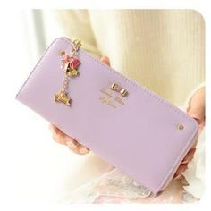 Buy Momoi Bow Accent Long Wallet at YesStyle.com! Quality products at remarkable prices. FREE WORLDWIDE SHIPPING on orders over US$ 35.