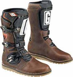 GAERNE® BALANCE OILED BOOT Atv Boots, Dirt Bike Boots, Dirt Bike Gear, Motocross Gear, Biker Boots, Riding Boots, Open Face Helmets, Biker Gear, Cool Boots