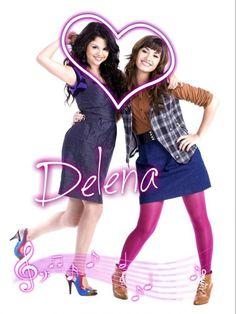 Selena Gomez & Demi Lovato My idols!!!!!!!!!!!!