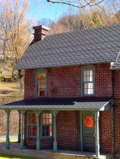 Farmhouse dollhouse Love this! Oh my gosh, this is absolutely beautiful. Really would love this.