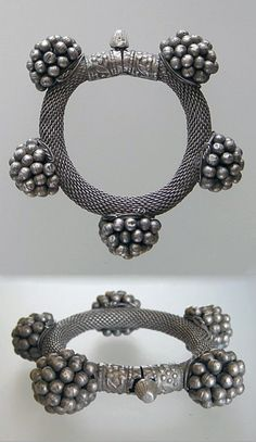 India   Old woven silver bracelet; screws open and closed   325$