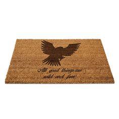 Fußmatte Adler aus Fussmatte Kokos  Natur - Das Original von Mr. & Mrs. Panda.  Eine wunderschöne Fussmatte Kokos aus dem Hause Mr. & Mrs. Panda - Die Fussmatte wird sehr aufwendig graviert. Dieses besondere Fertigunsverfahren mit Naturmaterialien wurde von uns entwickelt und ist einzigartig.    Über unser Motiv Adler  Das amerikanische Wappentier bekommt man auch in Deutschland oft zu Gesicht. Der Adler steht für Freiheit und Stärke.    Verwendete Materialien  ##MATERIALS_DESCRIPTION##…