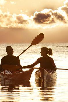 Lake Kayaking Tips and Pics of Kayaking And Camping In Oklahoma. Kayak Paddle, Canoe And Kayak, Kayak Fishing, Kayaks, Kayaking Tips, Affordable Vacations, Kayak Adventures, Sup Surf, Travel Couple