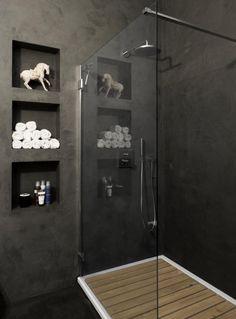 Badkamer decoratie vakken in muur