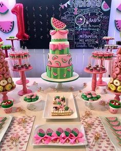 Juicy and delicious & Love all the details of this Watermelon Birthday birthday girl party ideas. More in my web site Juicy and delicious & Love all the details of this Watermelon Birthday Pa. Juicy and . 1st Birthday Party For Girls, 1st Birthday Themes, Summer Birthday, First Birthday Cakes, 1 Year Birthday Party Ideas, Watermelon Birthday Parties, Baby Shower Watermelon, Fruit Birthday, Watermelon Party Decorations