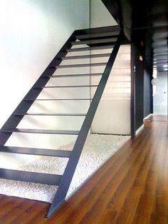 Chiralt Arquitectos ValenciaMis 10 mejores escaleras - Chiralt Arquitectos Valencia Craftsman, Stairs, Interior Design, Valencia, Railings, Inspiration, Academia, Home Decor, Steel Stairs