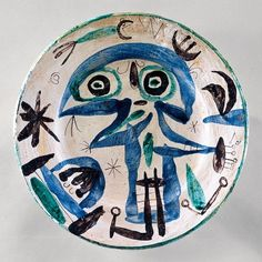 Miro Plat personnage bleu et vert (Plate with Blue and Green Figure)    1956  Earthenware  37 x 37 cm / 14 3⁄5 x 14 3⁄5""