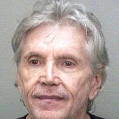 Man accused of (PIMP?) slapping wife over 'Obama, Romney' dispute....http://ow.ly/eiMIE