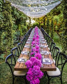 """LEBANESE WEDDINGS on Instagram: """"Starting our Sunday feeling """"Pretty in Pink""""! 💕 A dreamy rustic scenery amid a picturesque surrounding that had us falling head over heels…"""" Luxe Wedding, Wedding Trends, Wedding Designs, Wedding Styles, Wedding Ideas, Wedding Table Setup, Lebanese Wedding, Reception Decorations, Event Design"""