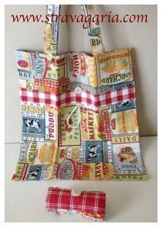 sewing tutorial for shopper bag ♥folding shopper tutorial by StravagariaShopper super veloce r Sewing Tutorials, Sewing Projects, Sewing Patterns, Pencil Case Pouch, Simple Bags, Fabric Bags, Shopper Bag, Cloth Bags, Handmade Bags