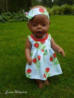 zomerjurkje Babyborn 43cm Baby Clothes Patterns, Doll Sewing Patterns, Clothing Patterns, Girl Dolls, Baby Dolls, Bitty Baby Clothes, American Doll Clothes, Baby Born, Reborn Dolls