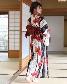 Japanese Yukata, Japanese Outfits, Korean Outfits, Japanese Girl, Cool Outfits, Fashion Outfits, Women's Fashion, Yukata Kimono, Japan Woman