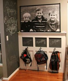 Schoolbag display with kids names♡