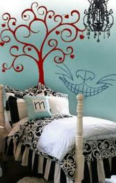 Alice In Wonderland bedroom theme