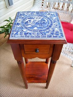 Blue Willow Mosaic End Table