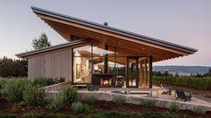 Oregon wine tasting room by Lever Architecture embraces fertile landscape