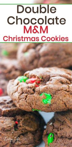 These Double Chocolate M&M Christmas Cookies are so delicious and simple to make! Perfect for Christmas cookies or a great gift idea to share with family and friends! The perfect holiday treat to share with guests. Easy Holiday Cookies, Cookies For Kids, Fun Cookies, Christmas Treats, Holiday Treats, Christmas Cookies, Healthy Cookie Recipes, Healthy Cookies, Perfect Cookie