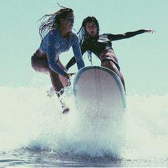 Surfcamps für Alleinreisende und Singles - Reisen ohne Partner