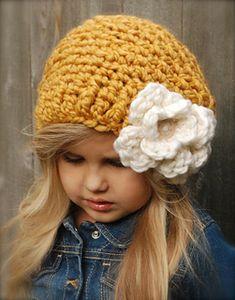 Ravelry: Cornyll Slouchy pattern by Heidi May Crochet Kids Hats, Cute Crochet, Crochet Yarn, Crochet Stitches, Knitted Hats, Crochet Patterns, Velvet Acorn, Super Bulky Yarn, Bandeau