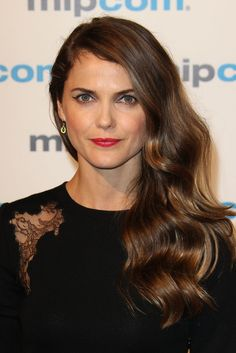 Keri Russell Hair at the 2012 Cannes Film Festival. Keri Russell Hair, Keri Russell Style, Daily Hairstyles, Celebrity Hairstyles, Cool Hairstyles, The Americans Tv Show, Great Minds Think Alike, Blowout Hair, Waves Curls