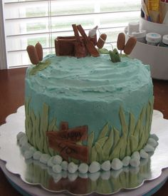 How cool is this fishing cake?!
