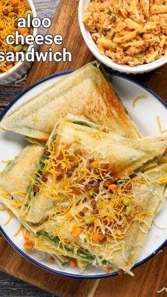 Veg Burgers Recipe, Vegetarian Sandwich Recipes, Cheese Sandwich Recipes, Vegetarian Snacks, Indian Snacks, Indian Food Recipes, Paneer Curry Recipes, Kulfi Recipe, Instant Recipes