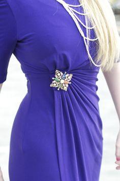 How to wear a vintage brooch | banglestobells.wordpress.com