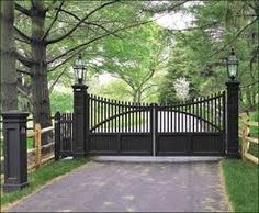 Selection of the best driveway gate ideas and designs available. Metal, wrought iron, wooden driveway gates - designs and layouts. Farm Entrance, Driveway Entrance, Entrance Ideas, Grand Entrance, Farm Gate, Fence Gate, Fencing, Dog Fence, Wrought Iron Driveway Gates