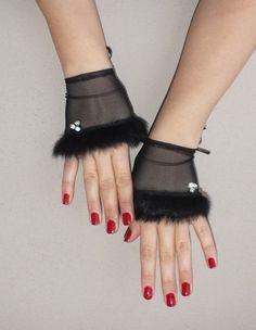 Elegant my design Unique black Wedding gloves bridal gloves lace fingerless… Lace Cuffs, Lace Gloves, Fingerless Gloves, Textile Jewelry, Fabric Jewelry, Mode Mori, Look 2018, Gloves Fashion, Wedding Gloves