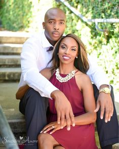 This could be a pose that me and my hubby could do to put in the living room. Black Love Couples, Cute Couples, Couples Muslim, Couple Noir, Black Bride, New Orleans Wedding, Wedding Poses, Engagement Pictures, Engagement Session