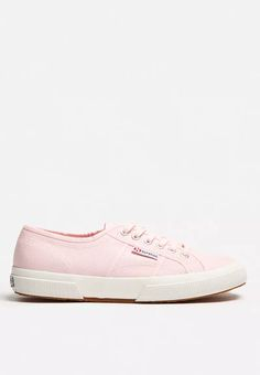 2750 Cotu Classic Superga, Casual Sneakers, Shoe Brands, Footwear, Pairs, My Style, Classic, Shoes, Fashion