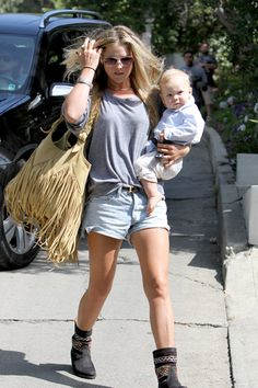 Ali Larter is a boho-chic mommy