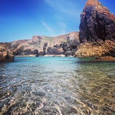 Kynance Cove, Cornwall. Do you fantasize about living in Cornwall, by the sea?…