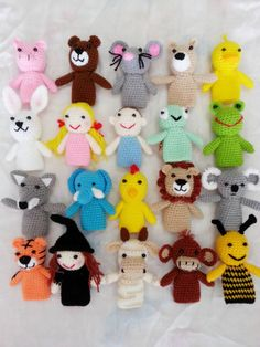 Knitting Patterns Toys Crochet finger puppets for kids. by crochetbyamydesign on Etsy Crochet Amigurumi, Amigurumi Patterns, Crochet Dolls, Knitting Patterns, Cute Crochet, Crochet For Kids, Crochet Crafts, Crochet Baby, Crochet Hearts