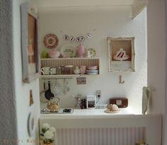 1:12th scale kitchen- by Yuri Munakata